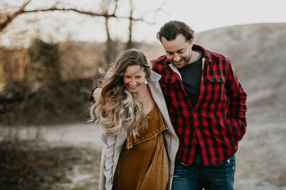 nicole-daacke-photography-white-cliffs-of-conoy-in-lancaster-pa-pennsylvania-adventure-session-adventure-elopement-photographer-engagement session-in-lancaster-pa-photographer-golden-sunset-winter-solstice-wedding-riverside-elopement-5228.jpg