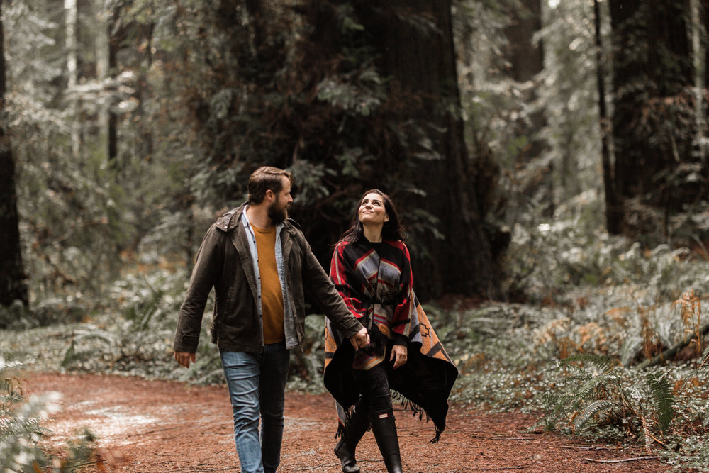nicole-daacke-photography-redwoods-national-park-forest-rainy-foggy-adventure-engagement-session-humboldt-county-old-growth-redwood-tree-elopement-intimate-wedding-photographer-12.jpg