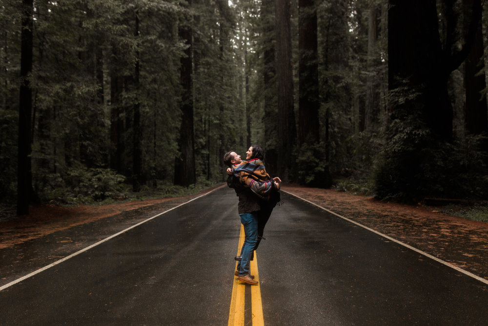 nicole-daacke-photography-redwoods-national-park-forest-rainy-foggy-adventure-engagement-session-humboldt-county-old-growth-redwood-tree-elopement-intimate-wedding-photographer-28.jpg