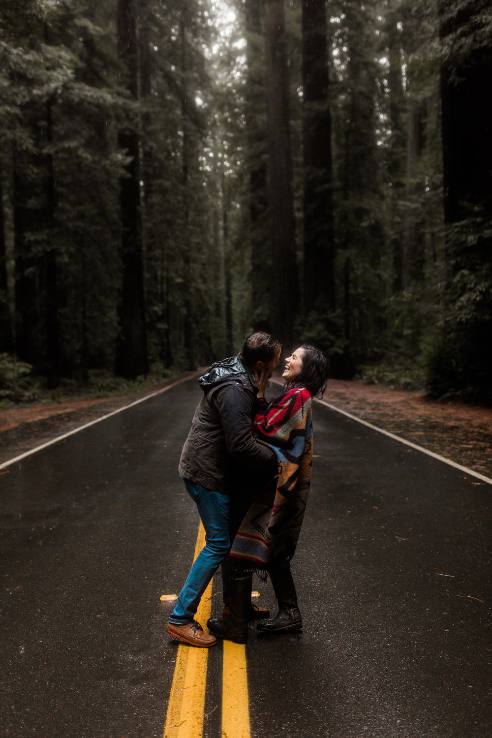 nicole-daacke-photography-redwoods-national-park-forest-rainy-foggy-adventure-engagement-session-humboldt-county-old-growth-redwood-tree-elopement-intimate-wedding-photographer-29.jpg