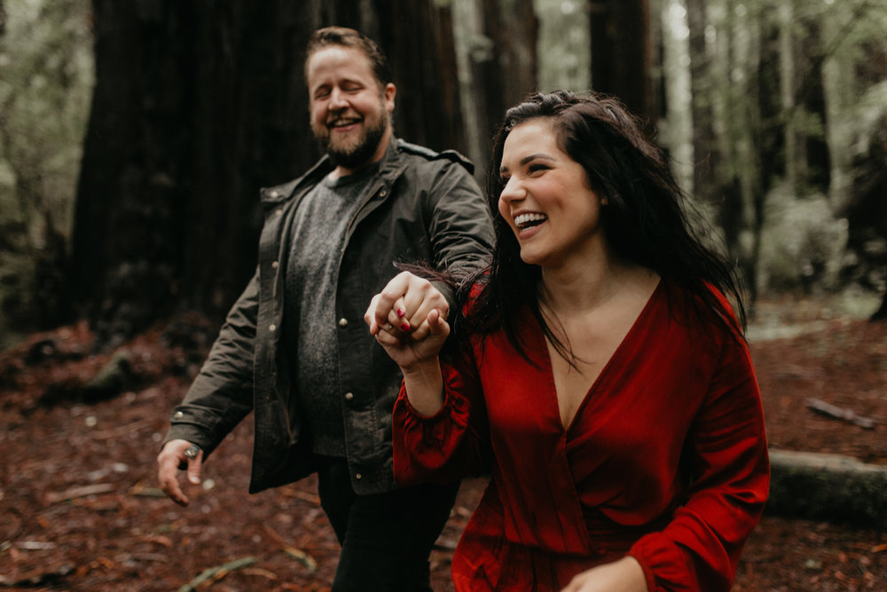 nicole-daacke-photography-redwoods-national-park-forest-rainy-foggy-adventure-engagement-session-humboldt-county-old-growth-redwood-tree-elopement-intimate-wedding-photographer-34.jpg