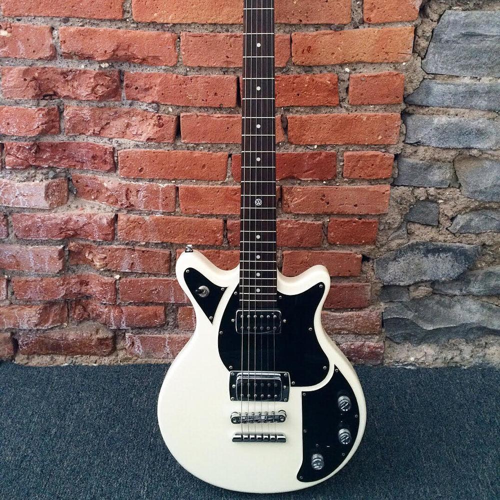 volkswagen guitar 1.jpg