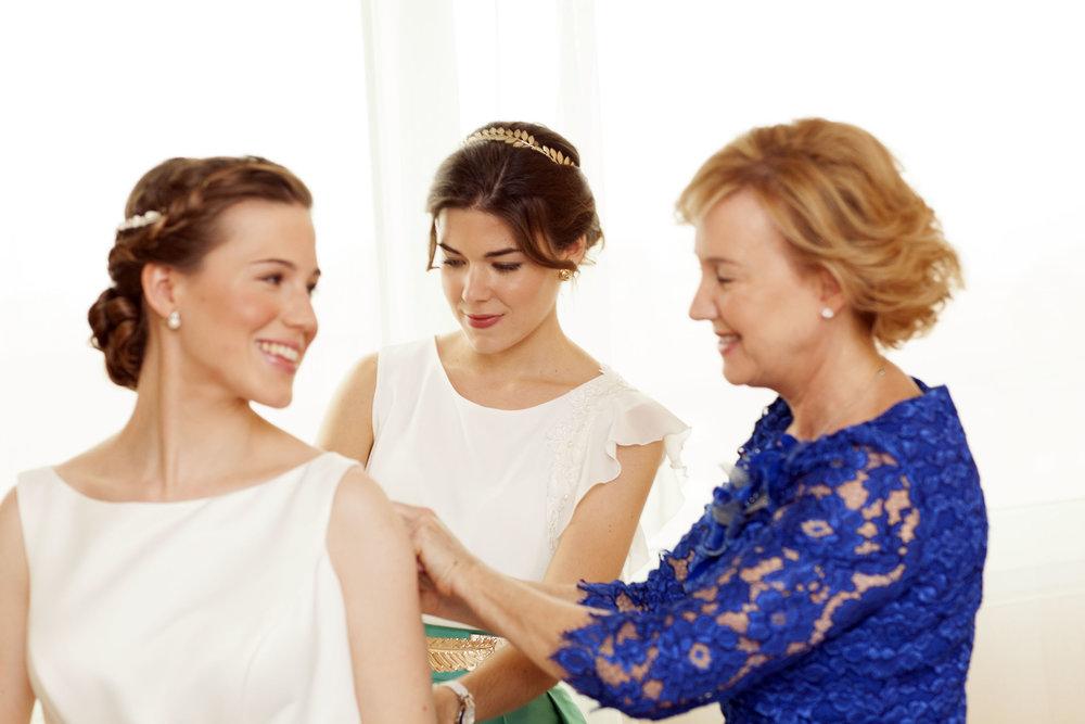 Marta, su madre y su hermana