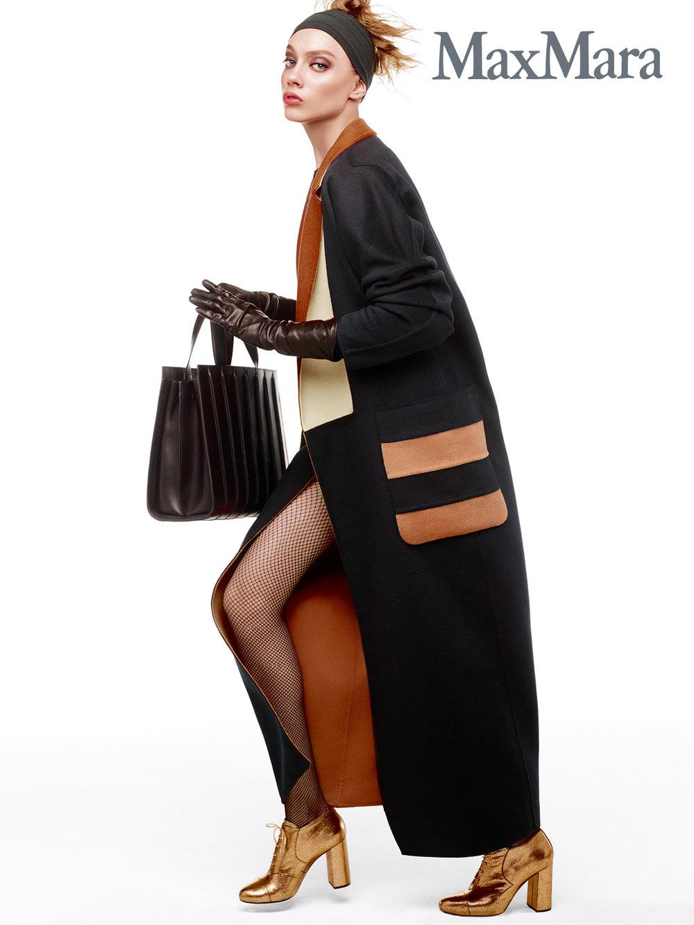 #maxmara #fw16 #stevenmeisel #carineroitfeld #odettepavlova #fashion #campaign #jimkaemmerling #patmcgrath #guidopalau