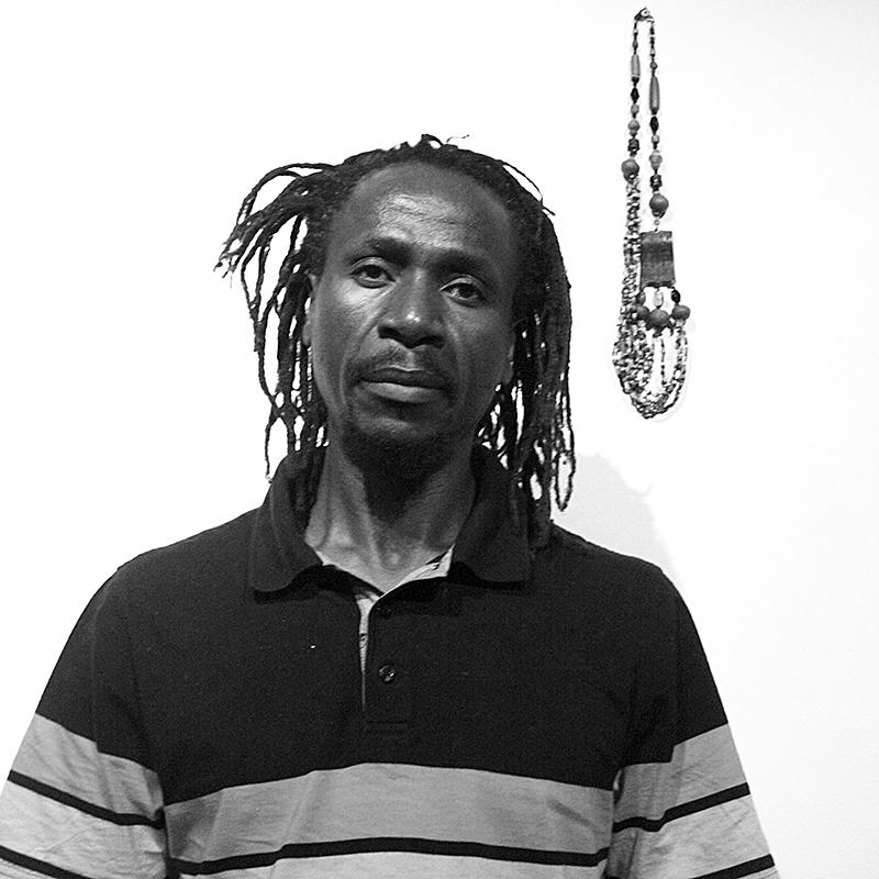 Calvin Dondo , künstlerischer Leiter  Gwanza  (zimbabwischer Monat der Fotografie), Harare, Zimbabwe