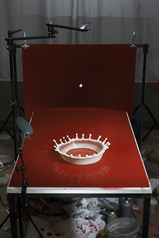 Making of «Milk Drop Coronet» (von Harold Edgerton, 1957), 2016. © Jojakim Cortis & Adrian Sonderegger