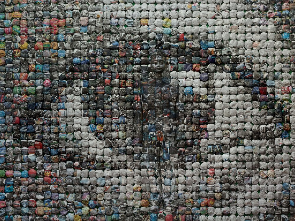 "Liu Bolin, Your World, aus der Serie ""Hiding in the City"", 2014  © Liu Bolin / Courtesy Galerie Paris-Beijing"