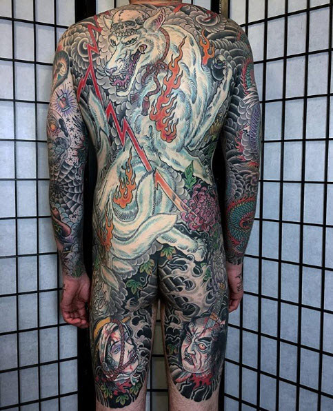 Japanese-wolf-back-piece-tattoo.jpg
