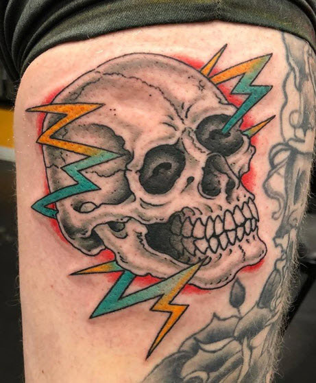 Skull-with-lightning-tattoo.jpg