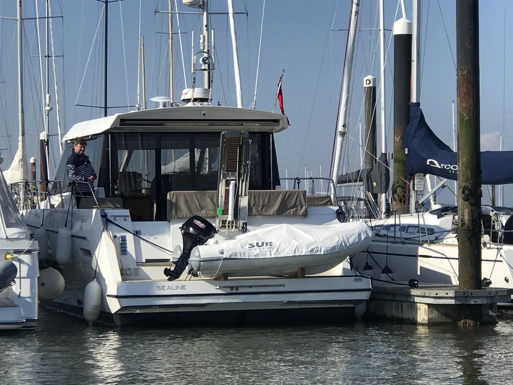 Sealine C48 Sur Marine ST290 UK