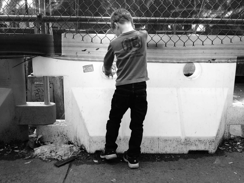 2013-10-23-c-fence@2x