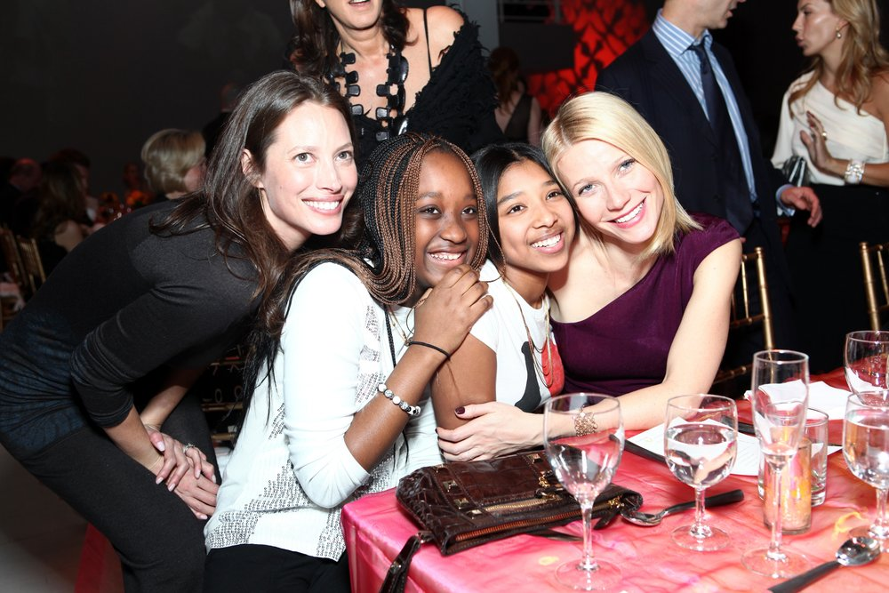 2009 Bent On Learning Gala - Christy Turlington, Gwyneth Paltrow + Kids.jpg