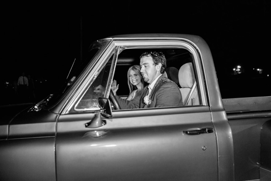 vintage truck wedding picture.jpg