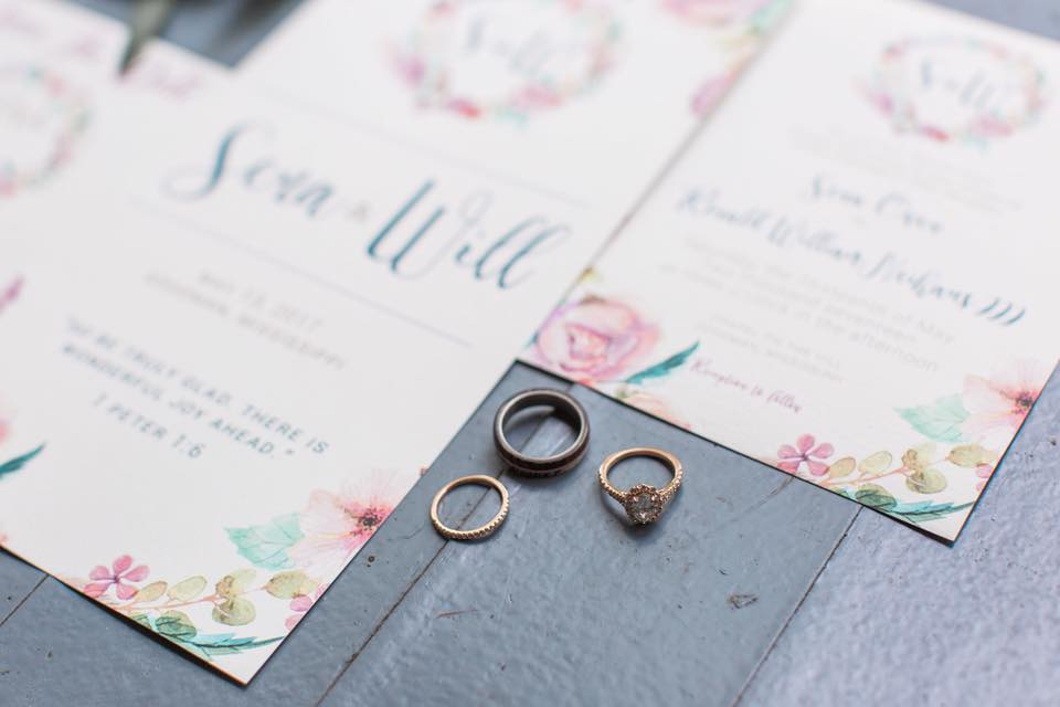 Together with our graphic designer, Erica Stone of Erica Ashley Designs, we created a paper suite to compliment the other details of the wedding day. The watercolor effects were a gorgeous touch.