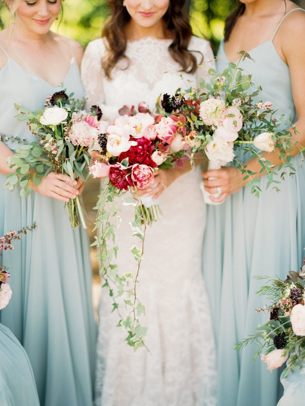 bride and bridesmaid wedding bouquets.jpg