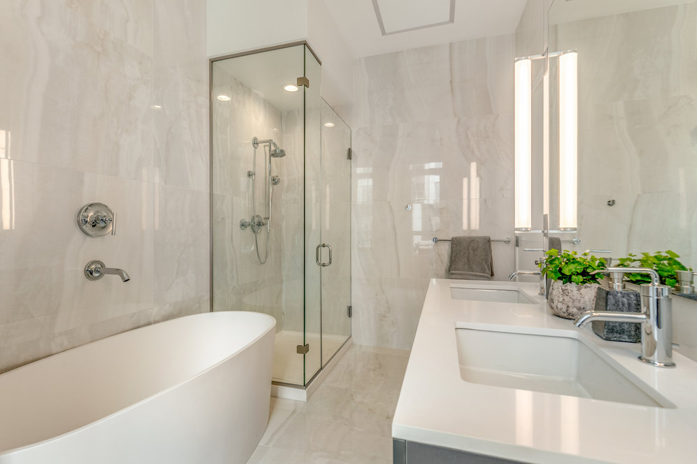 21_Bathroom-3.jpg