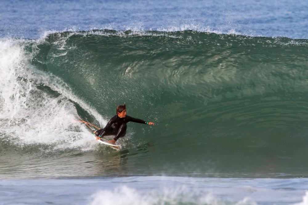 171008_Manhattan_Beach_Surfers_01.jpg
