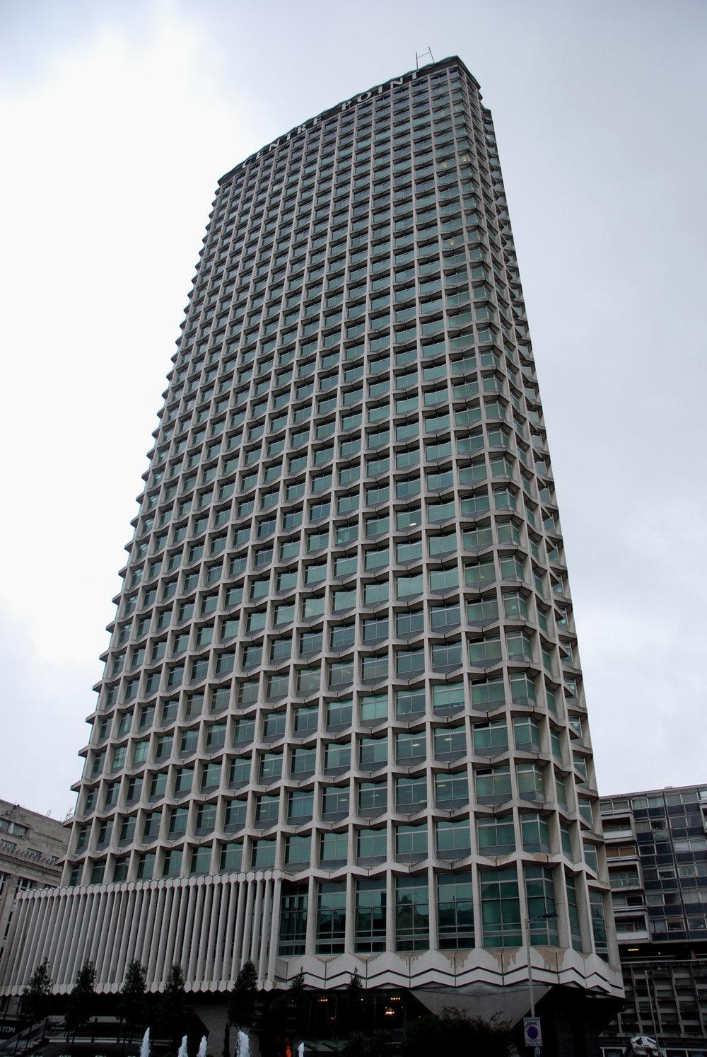 Tall_building_(3071109121).jpg