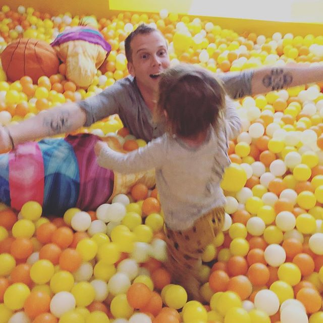Me and this lovely young lady were both born on march 21st. I'm 38 and she's a fair bit younger than I am. We like a lot of the same things including pools full of plastic balls. I also have the honor of being godfather to this beauty. Happy birthday saffie and thanks @steviestarbucks and @maryskarbek for letting me be part of your lovely family