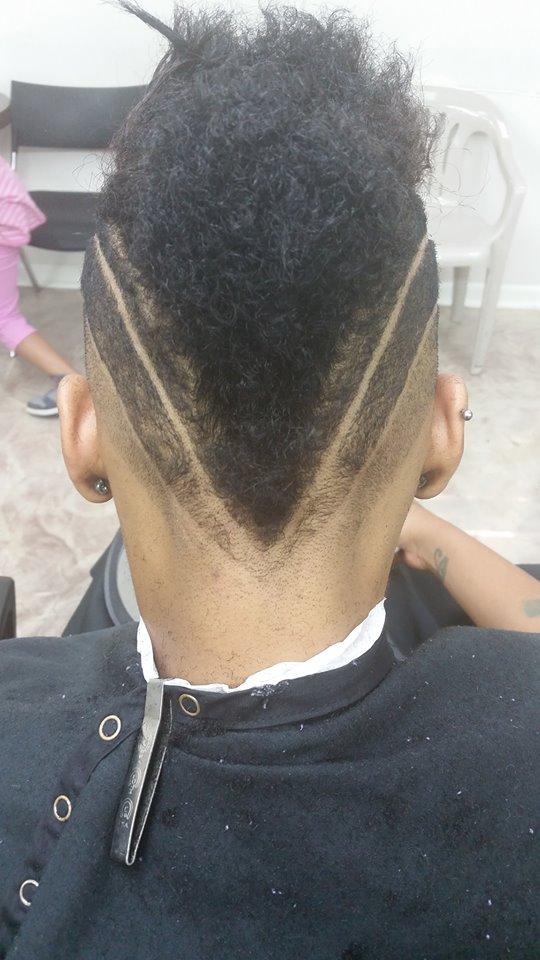 The Directors Cut KC - Men's Haircut