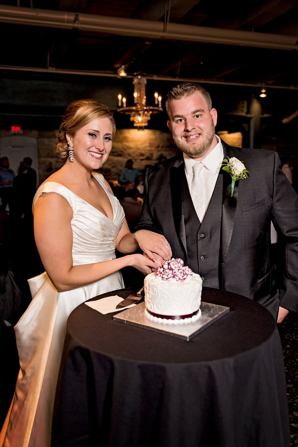 2018-Real-Wedding-Megan-Brenden-Rotella-Photography_0503.jpg