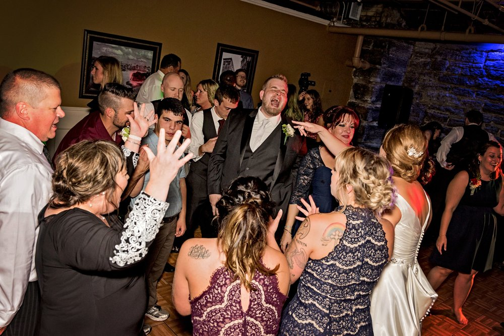 2018-Real-Wedding-Megan-Brenden-Rotella-Photography_0517.jpg