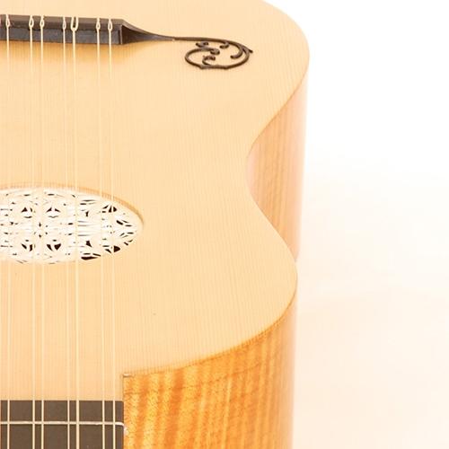 guitarlarge4.jpg