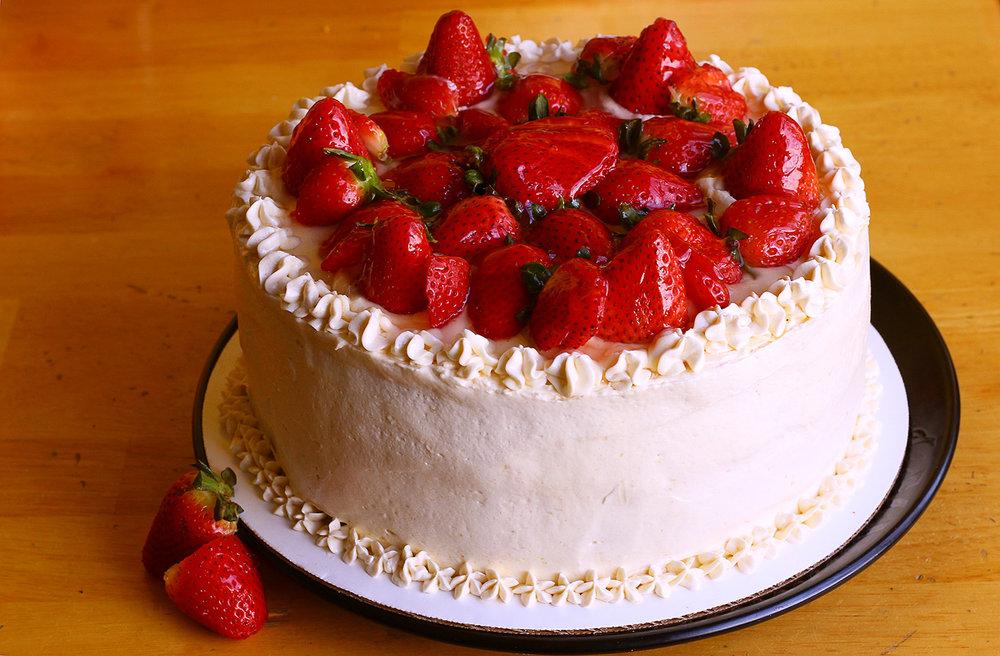 strawberrycake2.jpg