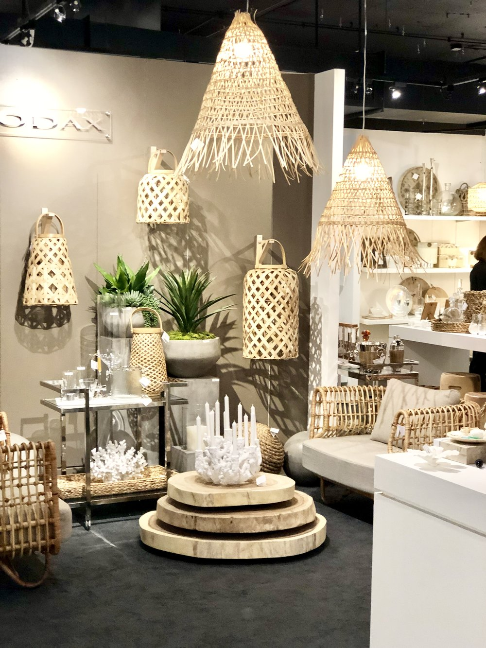 Rattan, wicker, natural elements on all types of lighting!