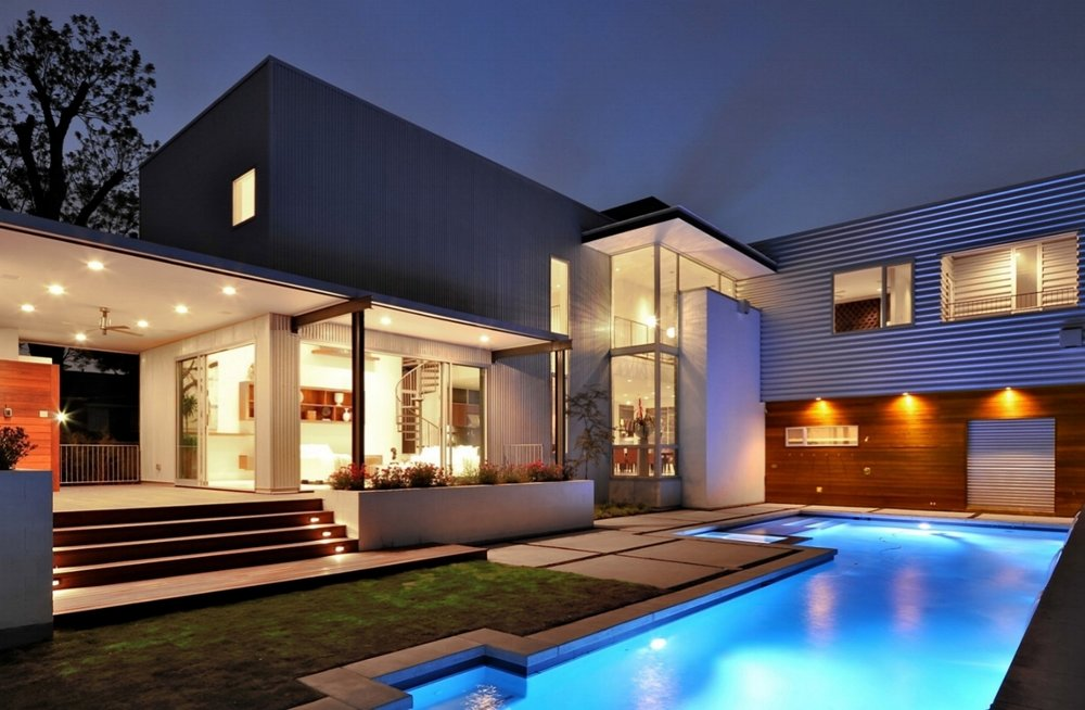 Chic-Rich-Houses-with-Pool.jpg