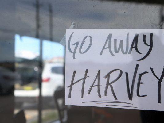 636392725021698845-go-away-harvey