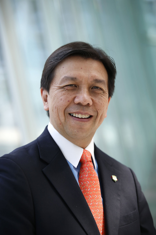Perry Lam profile.jpg