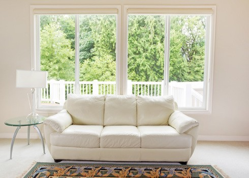 PICTURE - Canada Windows & Doors offers an unlimited selection of picture window designs to enhance the beauty of your home. Just give us your wishes and our designers will present you with the most breath-taking designs.