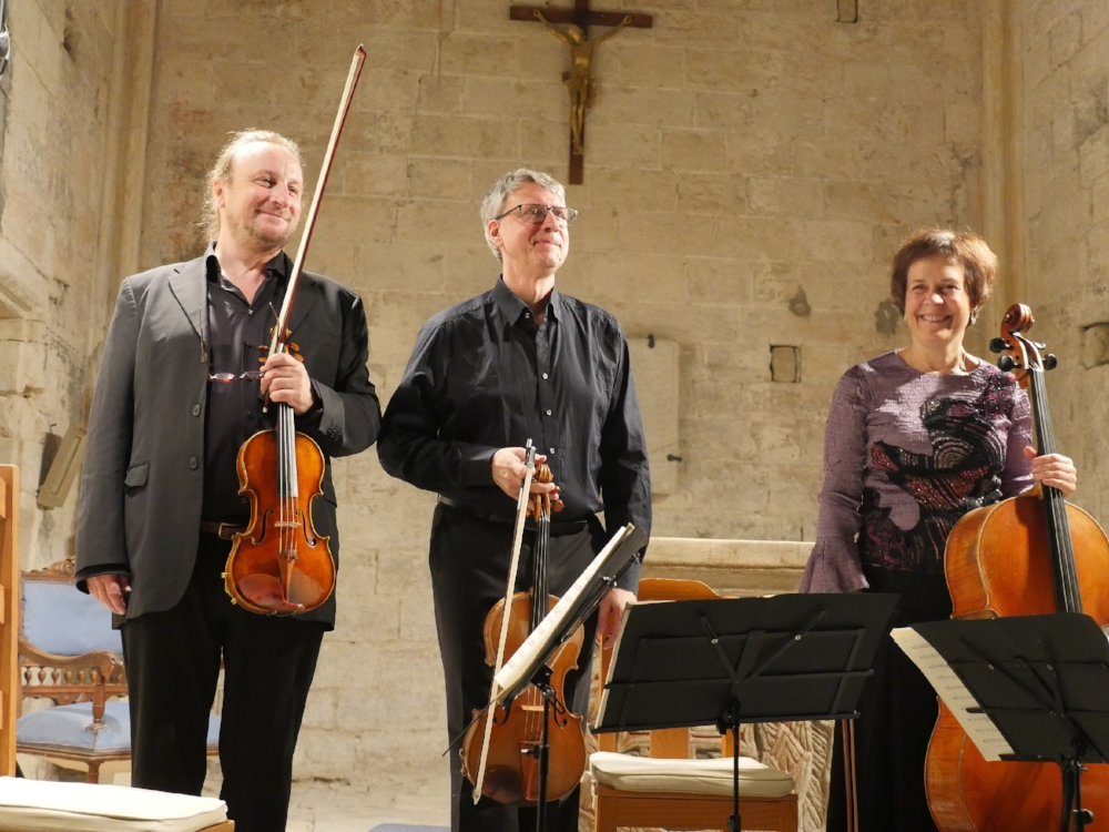 Trio Safran.JPG