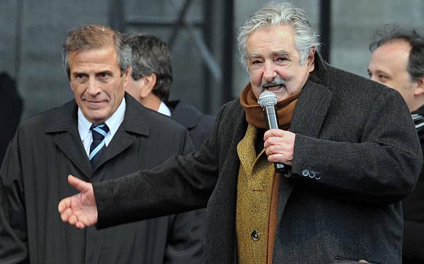 Oscar Tabarez a la izquierda - Pepe Mujica a la derecha