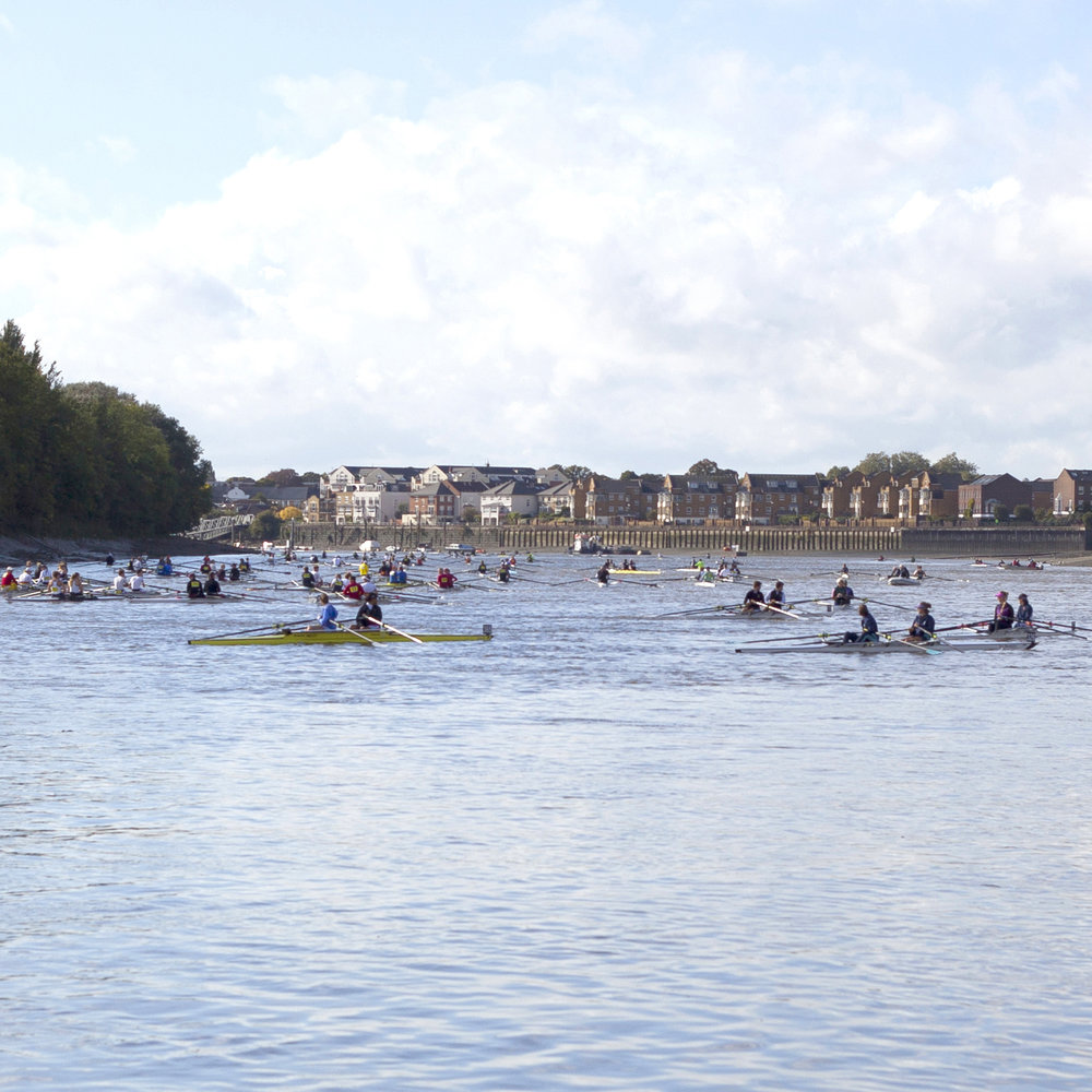 ROWING ON THE TIDEWAY