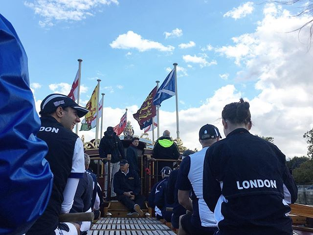 Gloriana adventures with @londonrowingclub to end the week on a high #gloriana #rowing #fixedseat #queenie #tidewayvoices #lrc #sonsofthethames