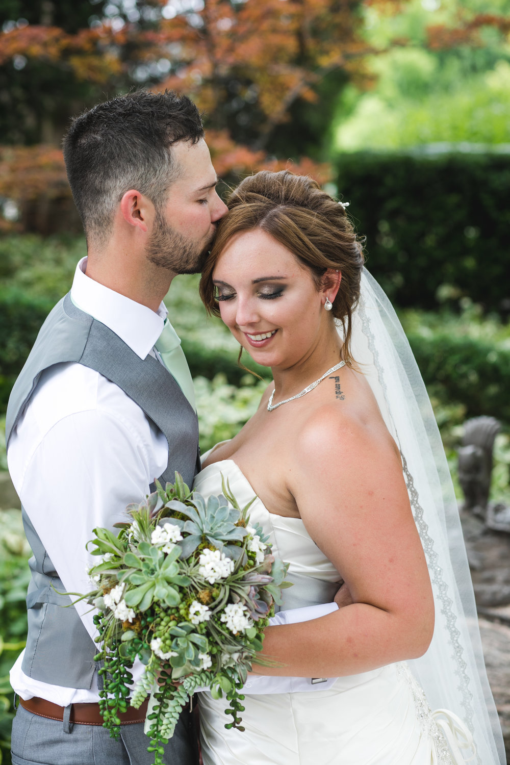 """""""The photos Anthony captured on our wedding day are absolutely perfect! We can't wait to work with him in the near future!"""" Victoria  Cormier"""
