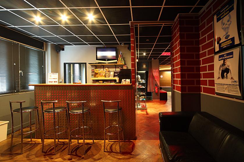 Bar club.jpg