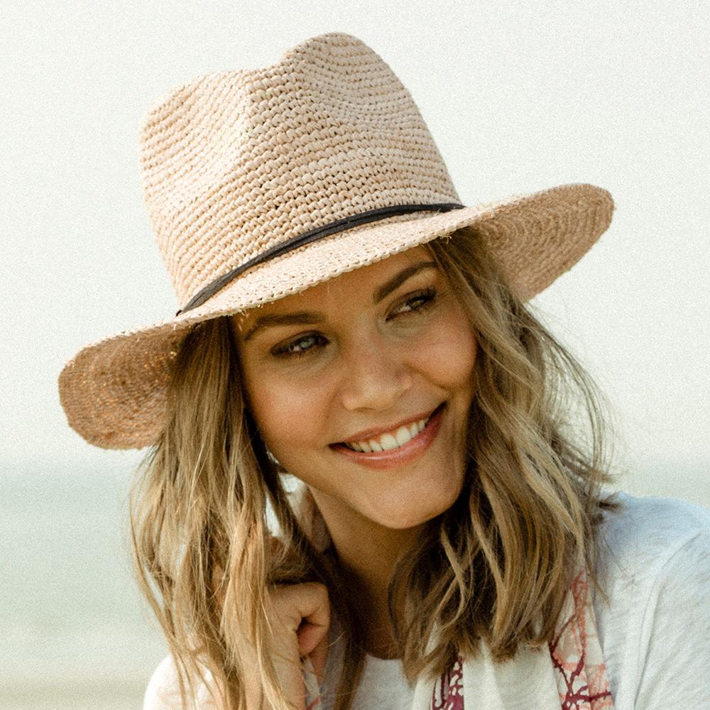 www.hatsandcaps.co.uk