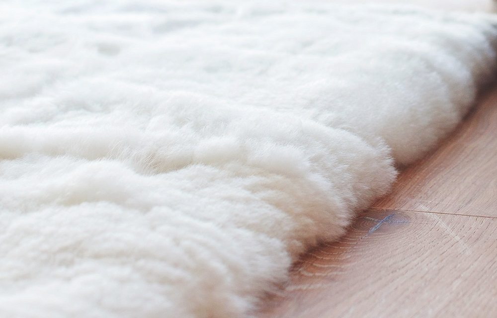 Hua Alpaca rug, fur rug close up