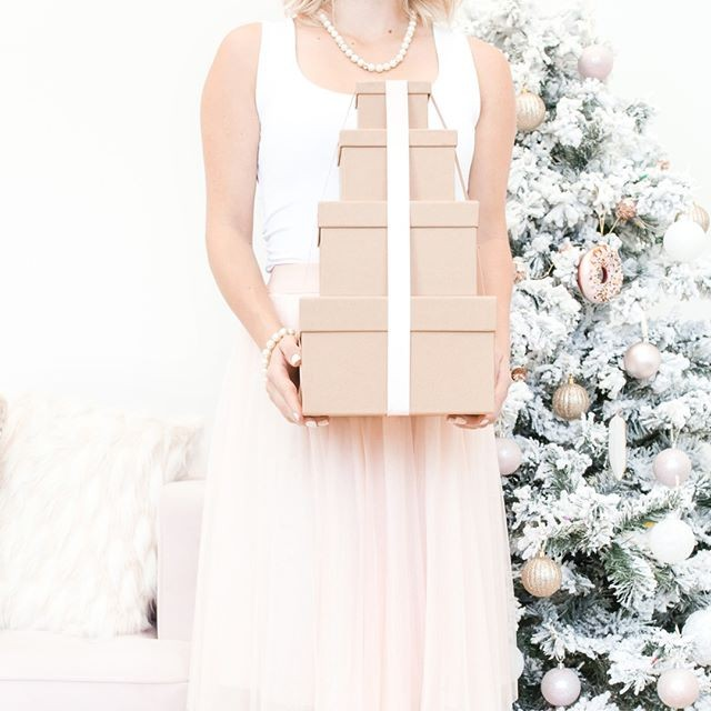 #Repost: We can wrap your gifts too! For a picture-perfect Christmas morning! Add onto your tree decorating appointment. Book online at www.christmascouture.com. #yegchristmas #madeinyeg #edmontonchristmas #yegxmas #yegchristmastree #yegdecorating #yeginteriors #yeginteriordesign #yeginteriordesigner #yegdecorator #yeghome #yeghomes #yegmom #yegmoms #yeg #yegbossbabes #yegservices #yegrealtor #yegrealestate #yegdecor #yegchristmaslights #yegparty ( #📷 @christmascouture )