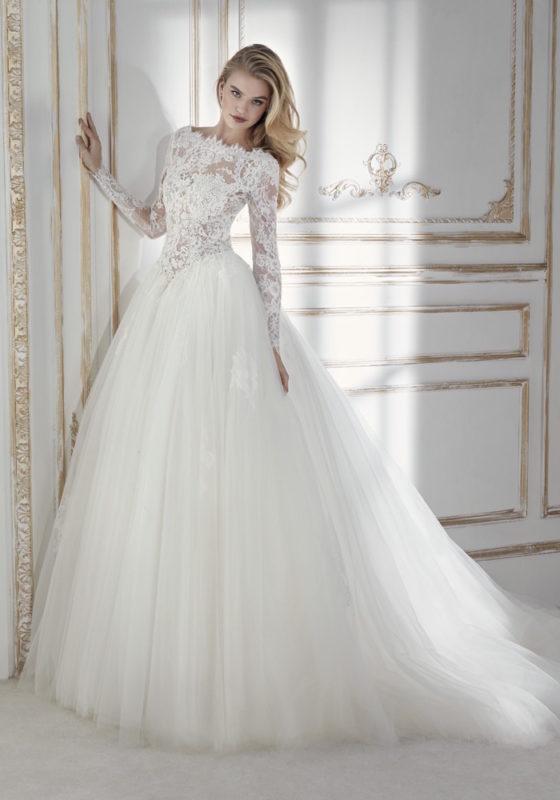 la sposa princess surrey.jpg