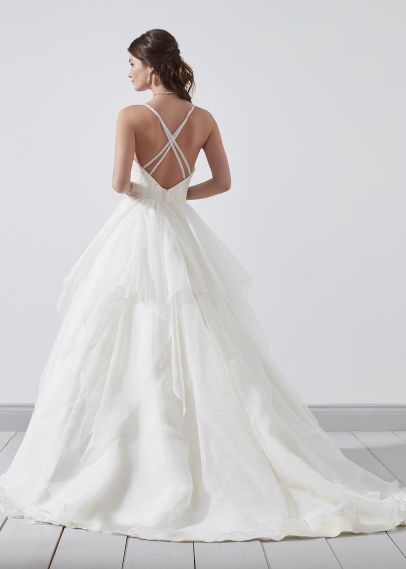2018_phil_collins_bridal_pc8363-002.jpg