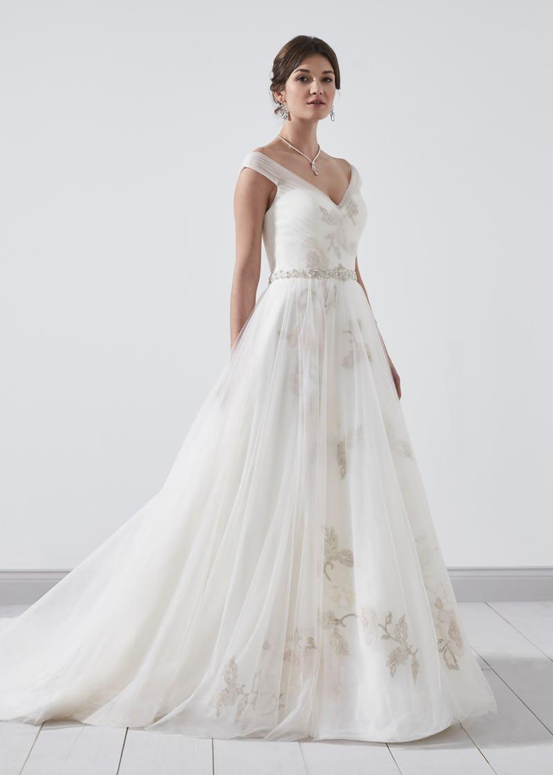 2018_phil_collins_bridal_pc8368-001.jpg