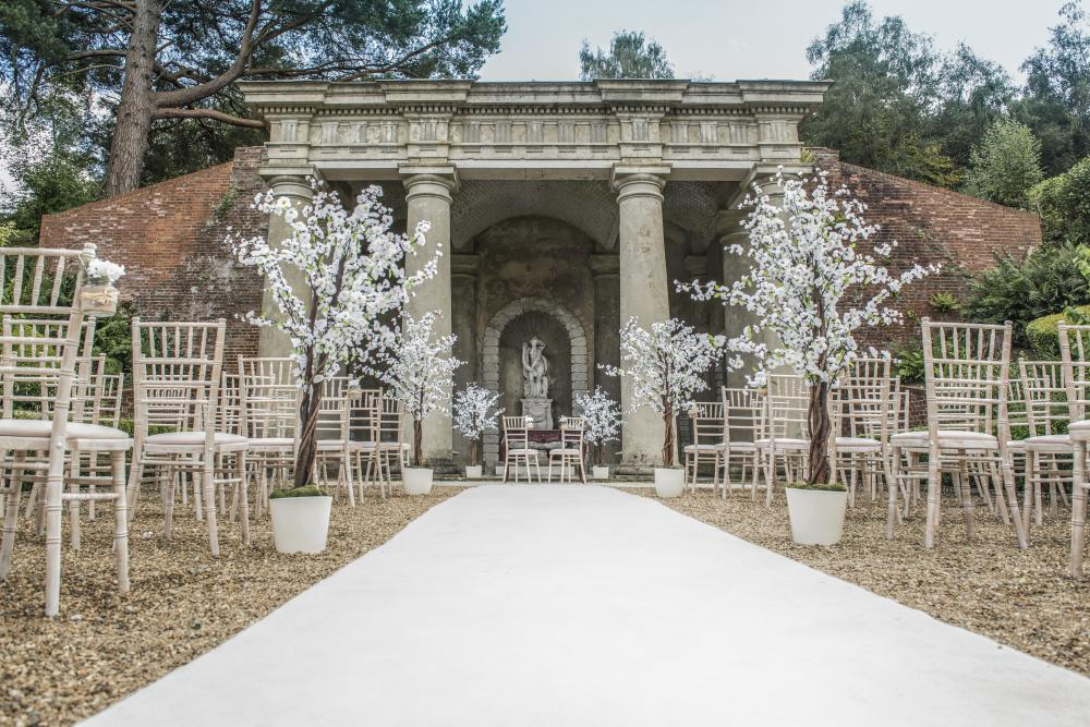 outdoor wedding wotton house surrey.jpg