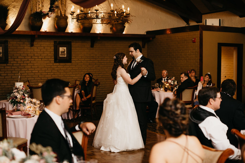 Christina+Michael-99-Sneak-Peek-meandhimphoto-0047-T5D23989.jpg