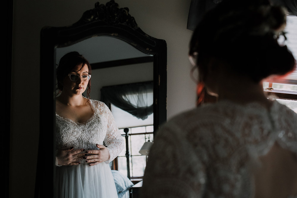 Jess+Craig-00 Getting Ready (Bride)-meandhimphoto-0051-K5D49764.jpg
