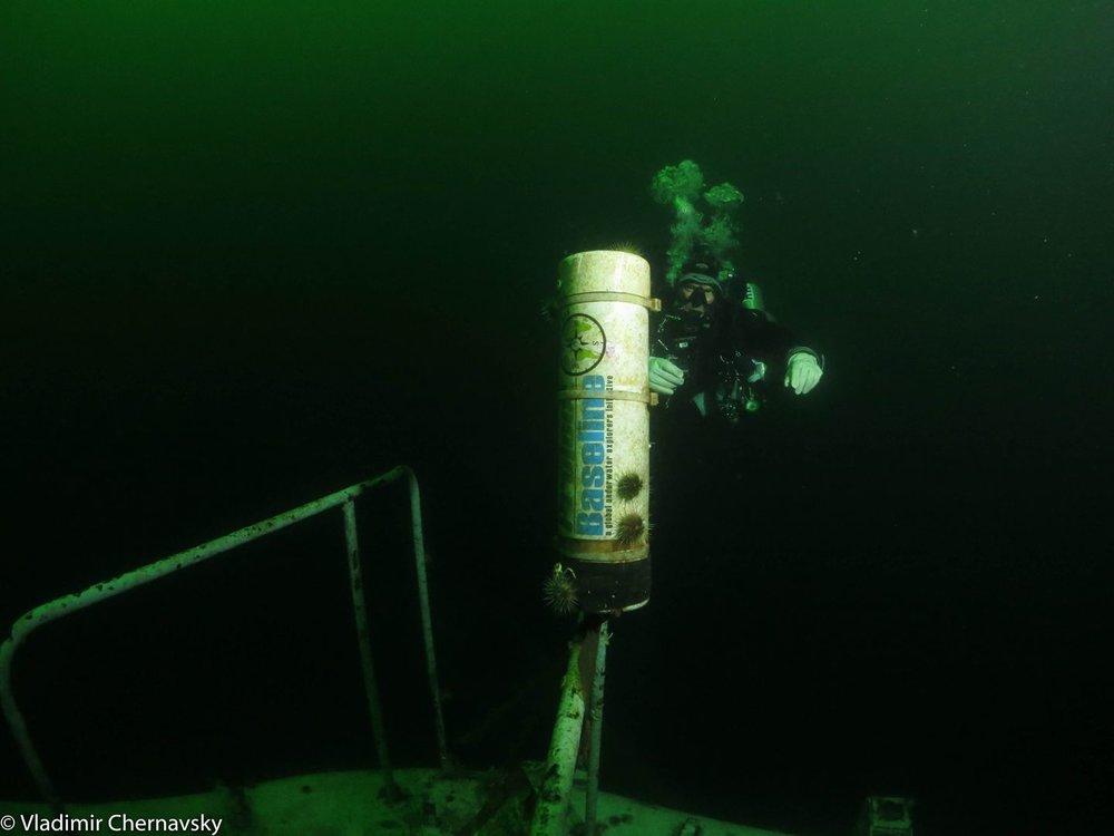 1-diver-baseline-float.jpg