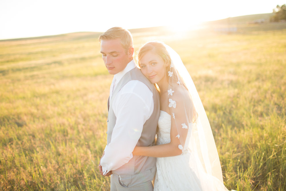 Nebraska and South Dakota Wedding Photographer